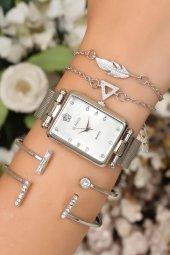 Vintage Model Kadın Kol Saati Ve Figürlü Bileklik Saat