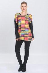 Kadın Siyah Geometrik Baskılı Pullu Triko Bluz