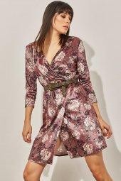 Kadın Pudra Kuvaze Desenli Kadife Elbise-4