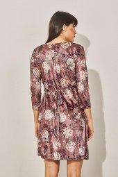 Kadın Pudra Kuvaze Desenli Kadife Elbise-6