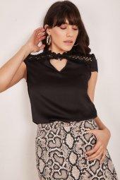 Kadın Siyah Dantel Detaylı Bluz-2