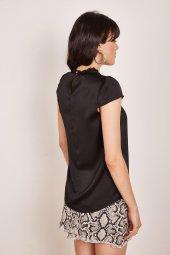 Kadın Siyah Dantel Detaylı Bluz-5
