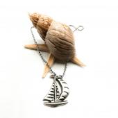 Yelkenli Figürlü Gümüş Renk Top Zincirli Kolye