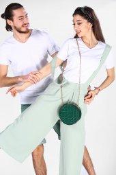 Sevgili Kombinleri Beyaz Kısa Kol V Yaka Basic Tshirt