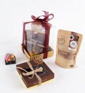 Liva Kırma Badem Bonibon Çikolata Küp Kutu Serisi