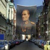 üniformalı Gazi Mustafa Kemal Atatürk Poster Dış Cephe Bayrak 4