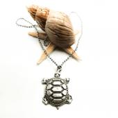 Kaplumbağa Figürlü Gümüş Renk Top Zincirli Kolye