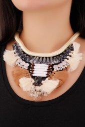 Bej & Kahverengi Püskül Tasarımlı Gri Taş Detaylı Şık Bayan Kolye