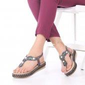 Neri Kadın Sandalet