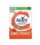 Nestle Nesfit Kırmızı Meyveli Tam Buğday Ve Pirinç Gevreği 400 Gr