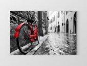 Kırmızı Bisiklet Ve Sokak Tablosu