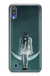 Samsung Galaxy M10 Kılıf Silikon Arka Kapak Koruyucu Salıncakta M
