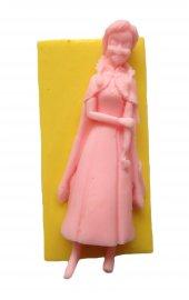 Pelerinli Kız Şeklinde Silikon Pasta Ve Seker Hamuru Kalibi 10x4x2,5 Cm