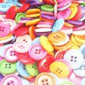 Renkli Akrilik Yuvarlak Düğme 50 Adet