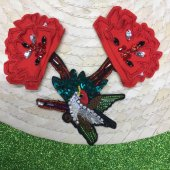 Ortası Kuş Desenli İkili Çiçek Dikme Motif
