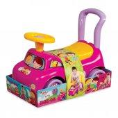 03103 İlk Arabam (Kız Versiyonu)