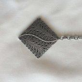 Mardin Telkari İşlemeli Kare Oksitli Gümüş...