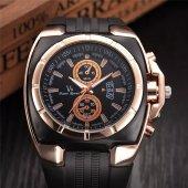 V8 Spor Erkek Kol Saati İri Silikon Kordon Şık Tasarım Saat