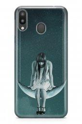 Samsung Galaxy M20 Kılıf Silikon Arka Kapak Koruyucu Salıncakta M