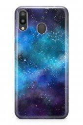 Samsung Galaxy M20 Kılıf Silikon Arka Kapak Koruyucu Uzayda Kaybo