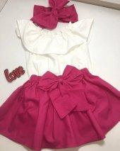 Fuşya Renk Etek Beyaz Bluz Ve Fiyonklu Bandana