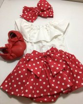 Bebek İçin Kırmızı Puanlı Etek, Beyaz Bluz Ve Fiyonklu Bandana