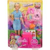 Barbie Seyahatte Bebeği Ve Aksesuarları