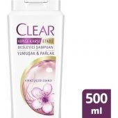 Clear Kadınlara Özel Yumuşak Parlak Kiraz Çiçeği Şampuan 500 Ml