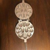 Karışık Şekilli Döküm Kurabiye Kalıbı (Metal Pasta Kazıyıcı 10 cm Hediyeli)