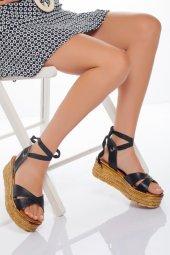Dolgu Topuk Kadın Sandalet Siyah