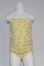 Kız Çocuk Hello Kitty Desenli İç Çamaşır Takımı