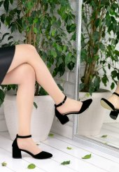 Simona Siyah Süet Topuklu Ayakkabı