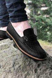 Yeni Model Vizyon (704) Siyah Çizgi Desenli Lastık Tokalı Erkek Ayakkabı