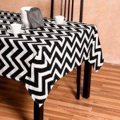Zeren Home Zigzag Desen Dertsiz Mutfak Masa Örtüsü Siyah-Beyaz 130cm x 160cm-2