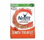 Nestle Nesfit Kırmızı Meyveli Tam Buğday Ve...