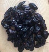Yeni Mahsül Çekirdekli Siyah Kuru Üzüm (500 Gr)