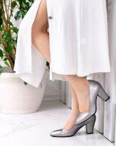 Tacito Koyu Gri Cilt Topuklu Ayakkabı