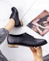 Kelli Siyah Cilt Oxford Ayakkabı