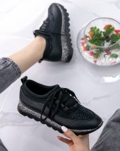 Poppy Siyah Cilt Spor Ayakkabı