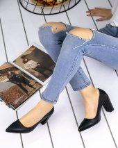 Sammi Siyah Cilt Topuklu Ayakkabı