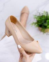 Sever Krem Cilt Topuklu Ayakkabı