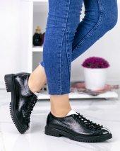 Abbie Siyah Rugan Beyaz Şeritli Oxford Ayakkabı