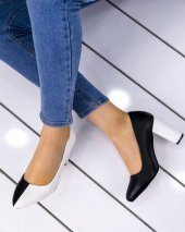 Dena Siyah Beyaz Topuklu Ayakkabı
