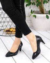 Margo Siyah Rugan Desenli Topuklu Ayakkabı