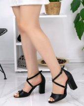 Neomiya Siyah Cilt Topuklu Ayakkabı