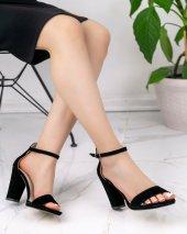 Satyana Siyah Süet Topuklu Ayakkabı