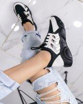 Riana Beyaz Cilt Spor Ayakkabı