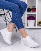 Carole Beyaz Boncuklu Spor Ayakkabı