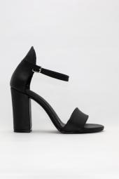 Freefour Kadın Tek Bant Topuklu&stiletto...