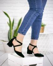 Agatha Siyah Süet Topuklu Ayakkabı